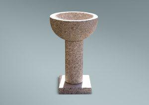 Pila bautismal de granito