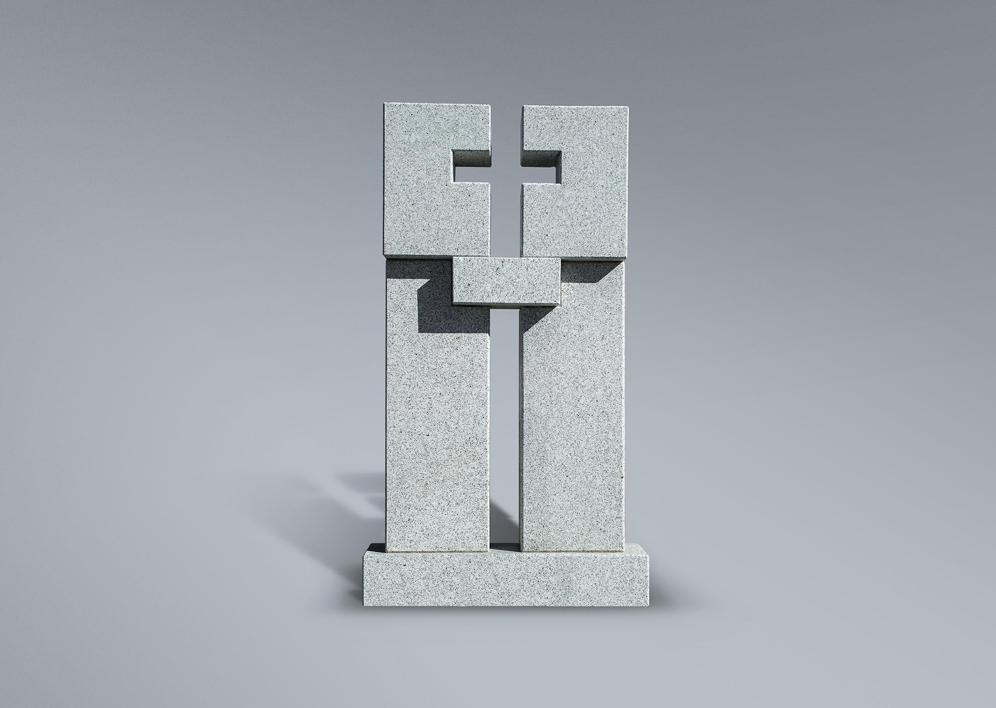 Frente de panteón con cruz hueca